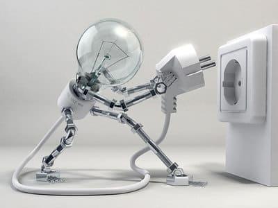 Лампочка включается в розетку