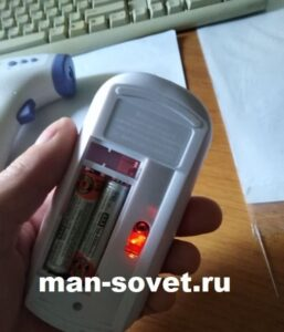 Проверяем заряд ААА аккумуляторов